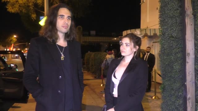 interview sophie simmons nick simmons talk about the malibu fire outside delilah nightclub in west hollywood in celebrity sightings in los angeles - malibu stock-videos und b-roll-filmmaterial