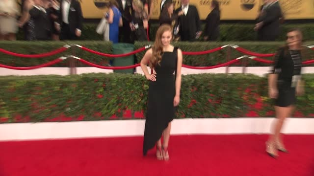 stockvideo's en b-roll-footage met sophie turner at the 21st annual screen actors guild awards arrivals at the shrine auditorium on january 25 2015 in los angeles california - screen actors guild