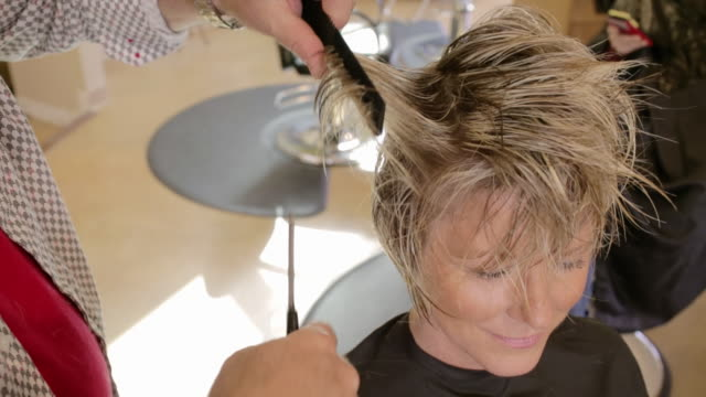 sorenza salon - cutting hair stock videos & royalty-free footage