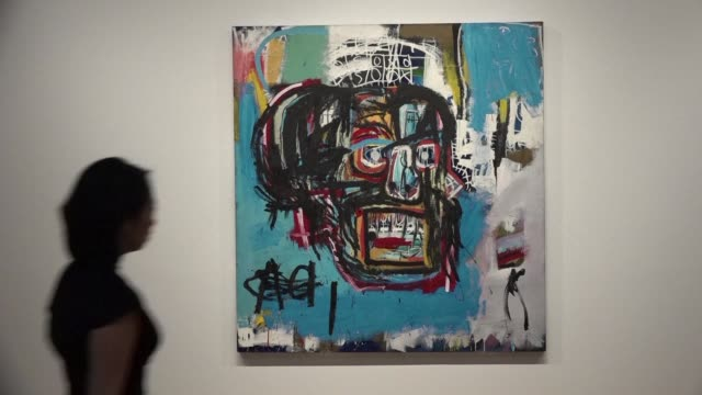 vídeos de stock, filmes e b-roll de sotheby's previews its spring auctions with a highlight being an untitled work by jean michel basquiat which has been in private hands since it first... - formato bruto