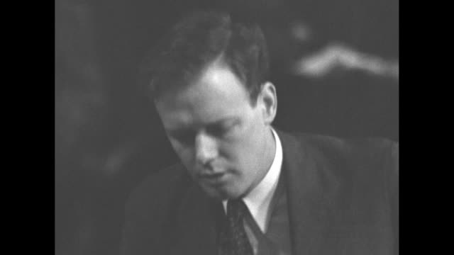 sots during testimony before a us senate committee, charles lindbergh says american companies have a right to trial; calls actions most unjust in... - 航空便点の映像素材/bロール