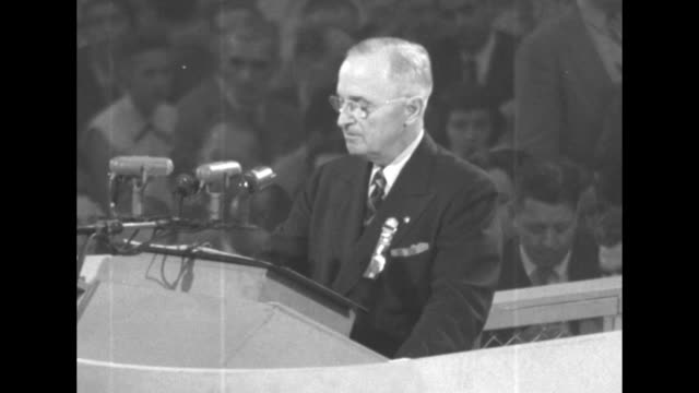 stockvideo's en b-roll-footage met sots president harry s truman's speech continues at the democratic national convention this country is not going to turn over its prosperity to men... - presidentsverkiezing