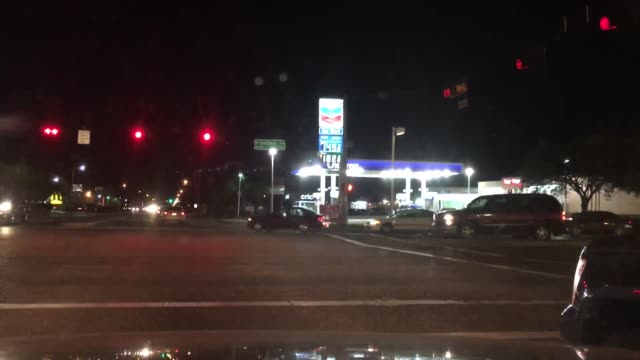 sots with two houston drivers, who react to the gas prices being at an all-time low. broll of gas stations also included. clip 8 is sot with a man... - ガス料金点の映像素材/bロール