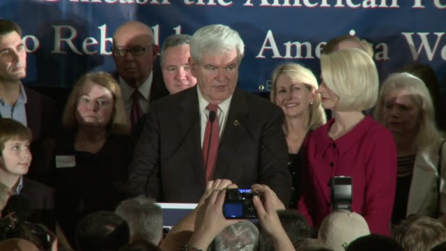 soundbite gingrich suggests he's not a member of the elite he's an outsider and i'm not a very good debater newt gingrich acceptance speech after... - vorwahl stock-videos und b-roll-filmmaterial