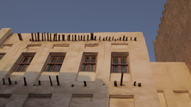 souq waqif, architecture, doha, qatar, middle east - ad dawhah stock-videos und b-roll-filmmaterial