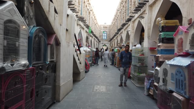 souq waqif is a marketplace indoha, in the state ofqatar. the souq is noted for selling traditional garments, spices, handicrafts, and souvenirs.... - gulf countries stock videos & royalty-free footage