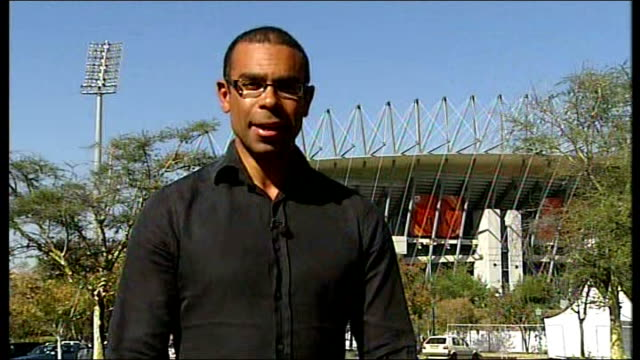 south africa 2010 world cup: local referee interviewed following wayne rooney incident; 7.6.2010 fabio capello speaking with media post match... - fußballweltmeisterschaft 2010 stock-videos und b-roll-filmmaterial