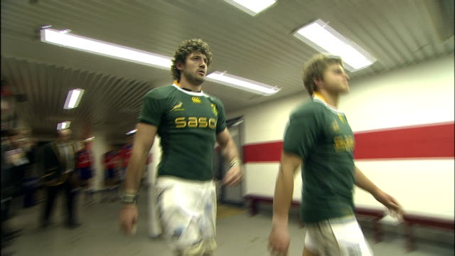 South Africa takes the field for the second half of the match Barbarians v Springboks 4th December 2010 Available in HD