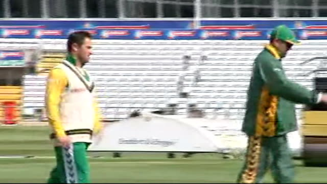 South Africa training/ Andrew Flintoff interview ENGLAND Yorkshire Headingley EXT South Africa cricket players stretching and warming up before...