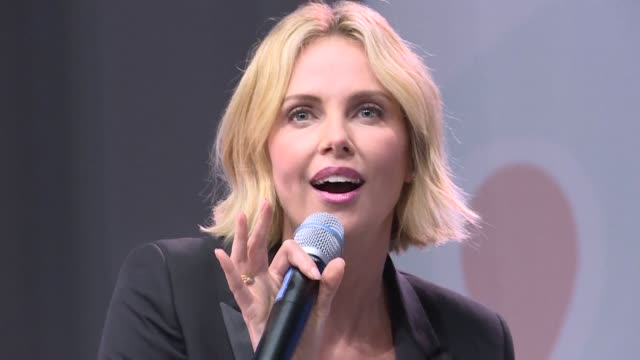 south african actress charlize theron moderates a debate on youth participation in the fight against hiv on the second day of the 22nd international... - hiv aids conference stock videos & royalty-free footage