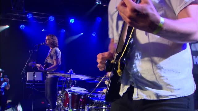 South African alternative rockers Kongos brought their sound to the JBTV stage with their song 'Come With Me Now'