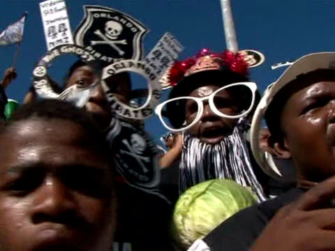 south africa's national football championship may not be world-famous, but it has fed the popularity of the sport at home. black south africans,... - fußballweltmeisterschaft 2010 stock-videos und b-roll-filmmaterial