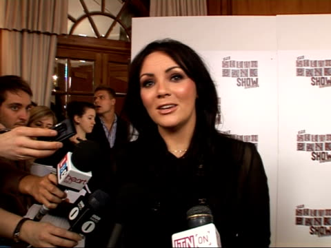 arrivals int martine mccutcheon talking to reporter and interview sot/ james corden and ruth jones posing with award / shane meadows interview sot/... - shane meadows stock videos and b-roll footage