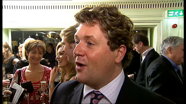 arrivals michael ball speaking with katherine jenkins / michael ball interview sot on it being his favourite awards ceremony making music with... - michael ball bildbanksvideor och videomaterial från bakom kulisserna