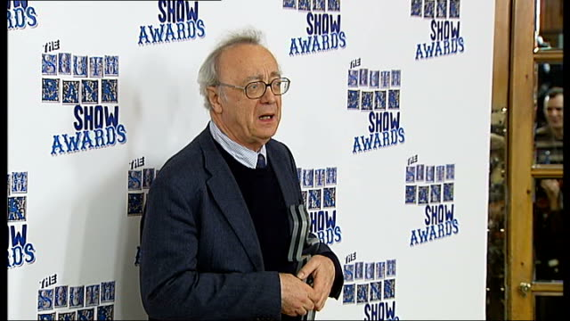 photocalls and interviews ben kingsley posing with his award photographers kingsley conducting interview alfred brendel posing with award steve... - cameron mackintosh stock videos & royalty-free footage