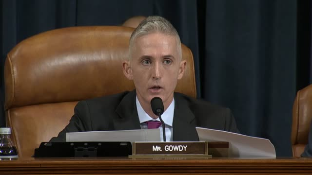south carolina congressman trey gowdy, chairman of the house select committee on benghazi, delivers his opening remarks at a hearing with... - 会長点の映像素材/bロール