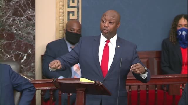 south carolina senator tim scott says after a failed vote on the motion to invoke cloture on a motion to proceed to his justice act policing reform... - 頚動脈点の映像素材/bロール