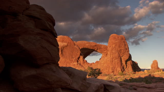 South Window Arch in the spectacles area at sunset - zoom in
