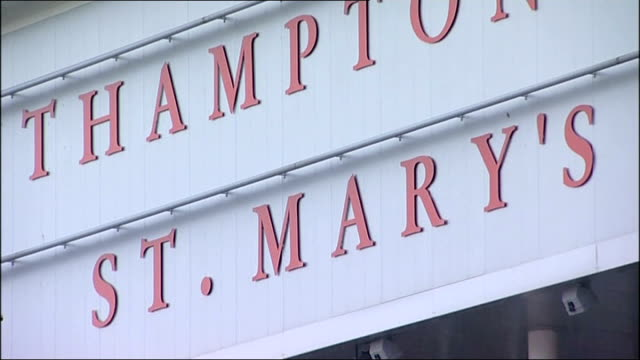 stockvideo's en b-roll-footage met southampton footballers question over bag theft england hampshire southampton ext general view of southampton football stadium st mary's and... - southampton engeland