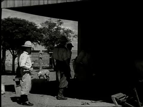 vídeos de stock e filmes b-roll de 1942 southern brazil - gaúcho