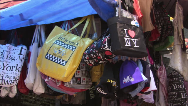 cu, souvenir bags on market stall, chinatown, new york city, new york, usa - souvenir stock videos and b-roll footage