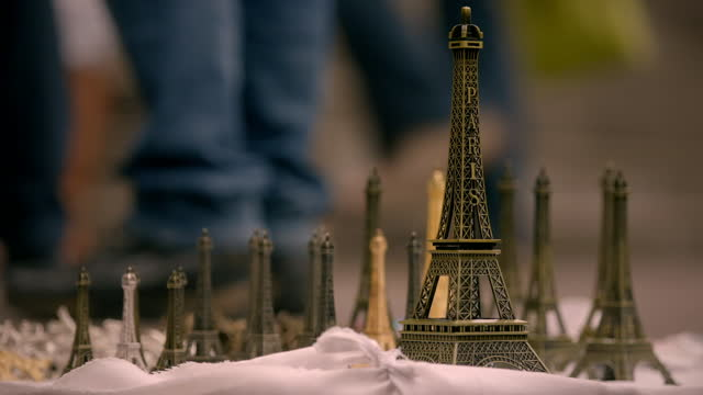 souvenir shops and tourists in paris, france - small stock videos & royalty-free footage