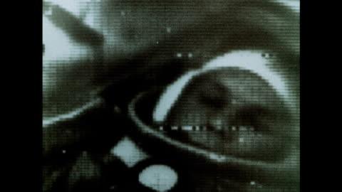 soviet astronaut yuri gagarin and the vostok 1 mission - tidigare sovjetunionen bildbanksvideor och videomaterial från bakom kulisserna