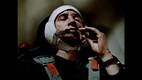 vidéos et rushes de soviet astronauts train for the voskhod 1 mission - apesanteur