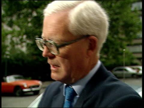 EC talks / UK communication ENGLAND London Carlton Gardens Douglas Hurd walking out CMS Douglas Hurd MP intvwd SOF we cannot decide what happens in...