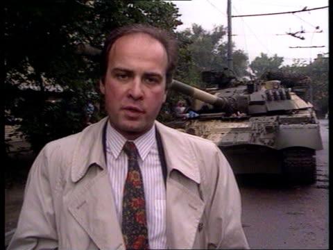 soviet reaction ussr moscow gaby rado i/c sof and sign off - tidigare sovjetunionen bildbanksvideor och videomaterial från bakom kulisserna