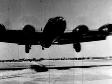 soviet officers watching planes in sky - aerial view of barracks - warplanes landing - group of us miliyary pilots at airfield - tidigare sovjetunionen bildbanksvideor och videomaterial från bakom kulisserna