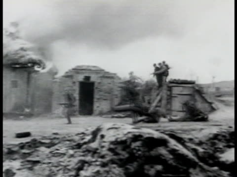 stockvideo's en b-roll-footage met soviet partisans running attacking men in village . men being shot down others taking rifles from soldiers on ground. the great patriotic war wwii. - traditionally hungarian
