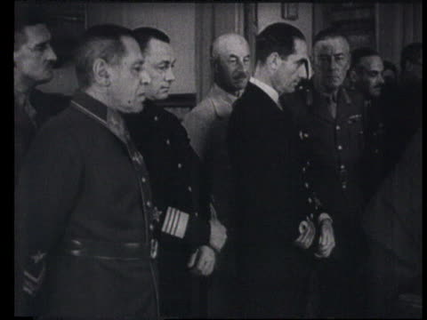 soviet union and great britain signing coalition against germany in moscow, stalin and molotov, russian and english officials signing agreement, men... - 1941 stock-videos und b-roll-filmmaterial