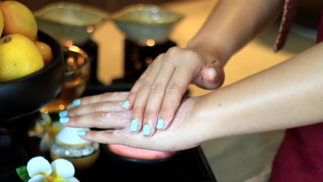 spa hand scrub