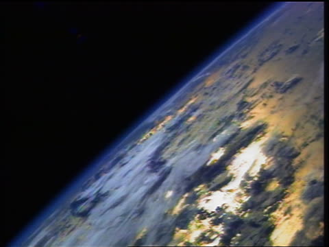 1998 space shuttle point of view wide shot view of earth from space (john glenn flight) - 1999 stock videos & royalty-free footage