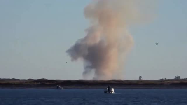 spacex' starship rocket exploded on landing in boca chica, texas, following a test flight on wednesday, december 9. spacex founder elon musk... - https stock-videos und b-roll-filmmaterial