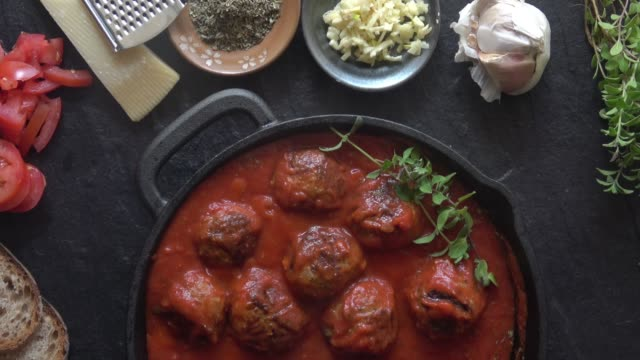 spaghetti and meatballs - preparing food stock videos & royalty-free footage