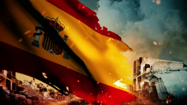 4k spain flag - crisis / war / fire (loop) - prima guerra mondiale video stock e b–roll