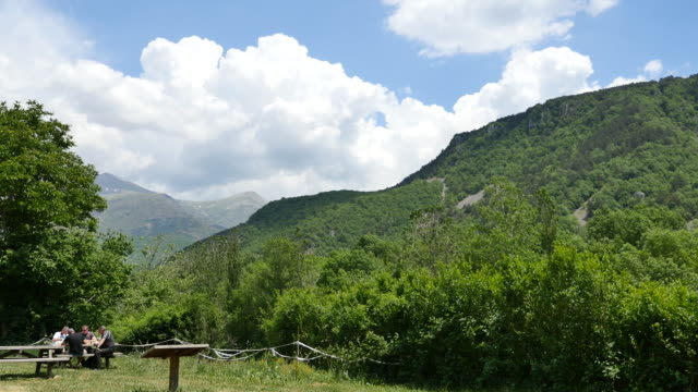 spain pyrenees picnic in mountain valley - picnic table stock videos & royalty-free footage