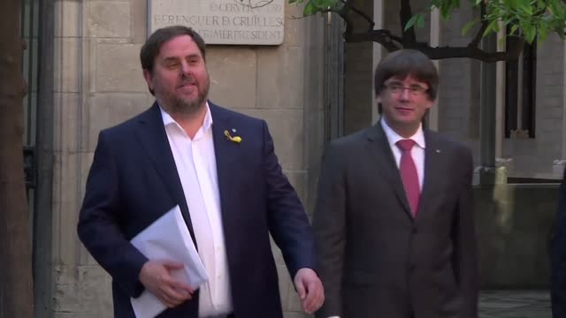 spain's central government has threatened to take over key catalan institutions in enacting article 155 of the constitution following a regional... - enacting stock videos & royalty-free footage