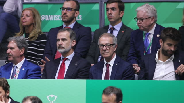 spain´s king felipe vi spanish minister of culture and sports jose guirao and barcelona's spanish defender and kosmos president gerard pique attend... - gara sportiva individuale video stock e b–roll