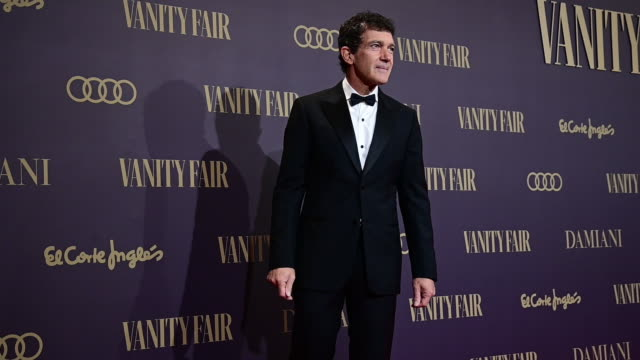 spanish actor antonio banderas attends during vanity fair awards 2019 in madrid on november 25 2019 in madrid spain - antonio banderas stock videos & royalty-free footage