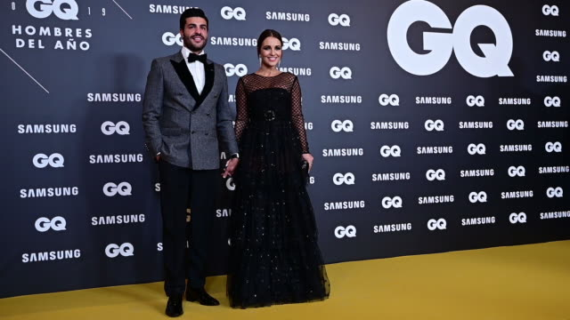 spanish actress paula echevarria and miguel torres attend 'gq men of the year' awards 2019 at palace hotel on november 21, 2019 in madrid, spain. - パウラ エシェバリア点の映像素材/bロール