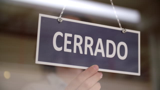 spanish closed sign - store sign stock videos & royalty-free footage