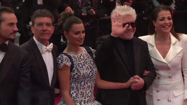 FRA: Cannes: Almodovar Banderas and Cruz on the red carpet