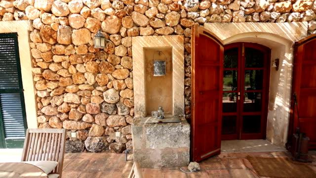スペインの家 - イビサ島点の映像素材/bロール