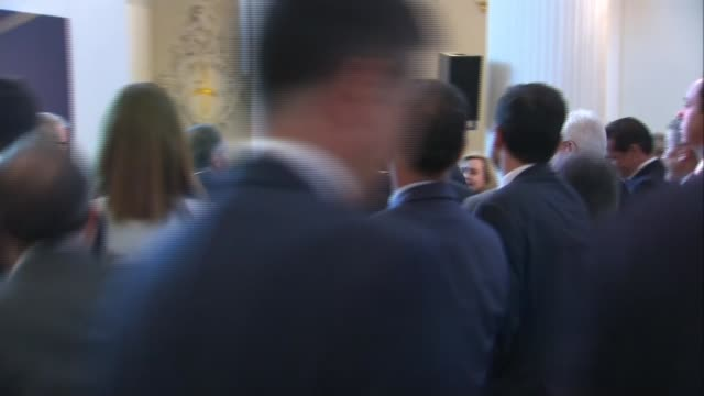 spanish king arrival and cutaways at ukspain business forum in mansion house england london mansion house ext lord mayor of london waiting / car... - liam fox politician stock videos and b-roll footage