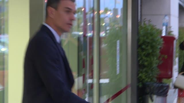 Spanish Prime Minister Pedro Sanchez leaves the Hospital Universitario Puerta de Hierro after visiting ex vice president Alfredo Perez Rubalcaba who...