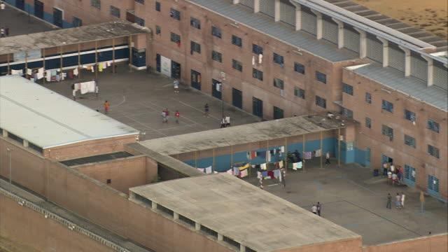 vídeos y material grabado en eventos de stock de ws zo aerial spanish prison near alhaurin de la torre / benalmadena, andalusia, spain - cárcel