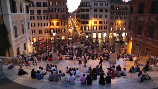 scalinata di piazza di spagna - cultura italiana video stock e b–roll
